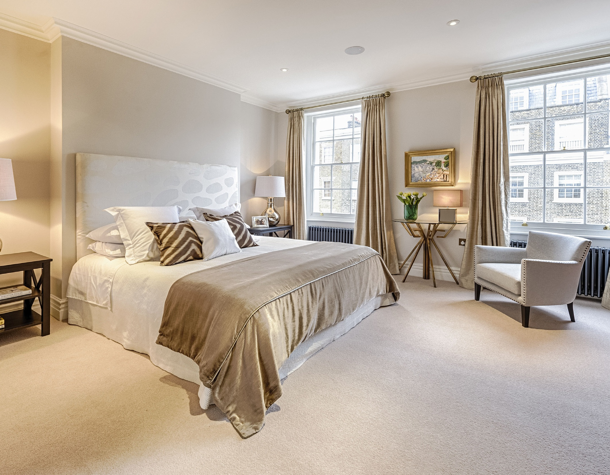 Eaton terrace belgravia clifton london Master bedroom with terrace